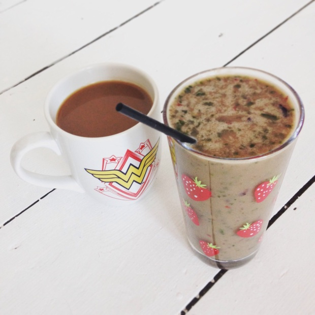 Coffee and smoothie breakfast