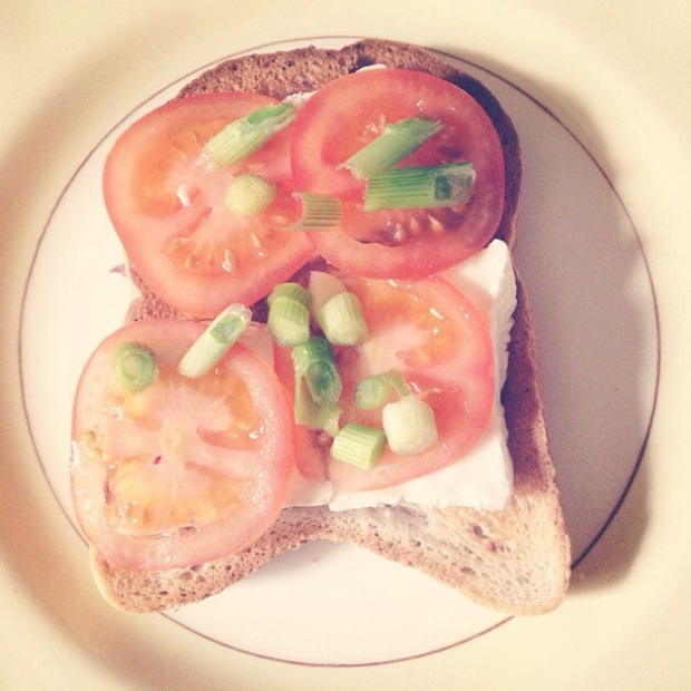 Tomato and goats cheese toast