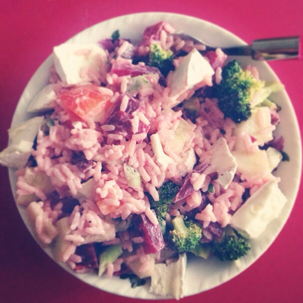 Pink rice with broccoli