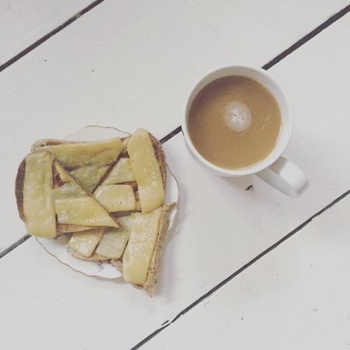 martine-vegan-cheese-gluten-free-toast
