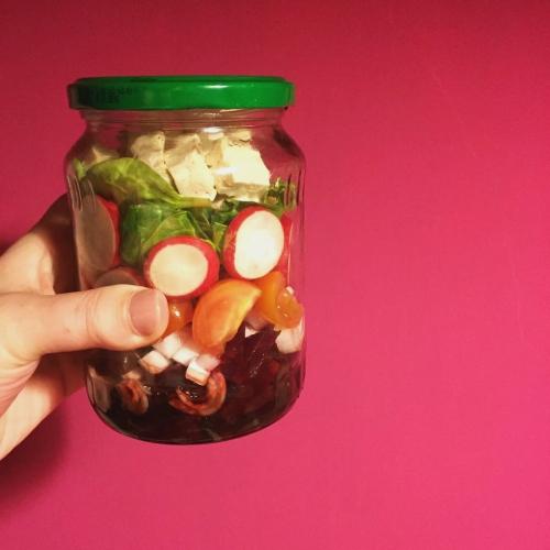 tofeta-salad-jar