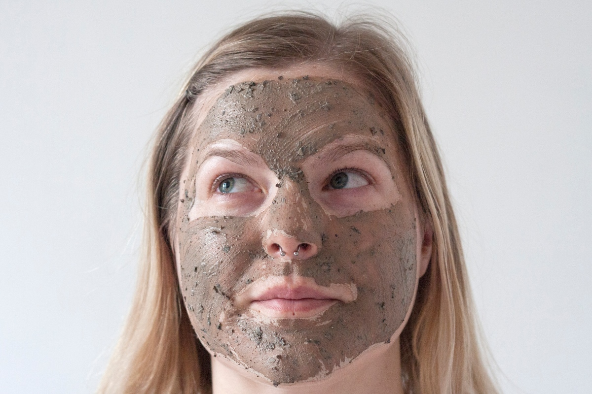 BEAUTY: The Body Shop Himalayan Charcoal face mask