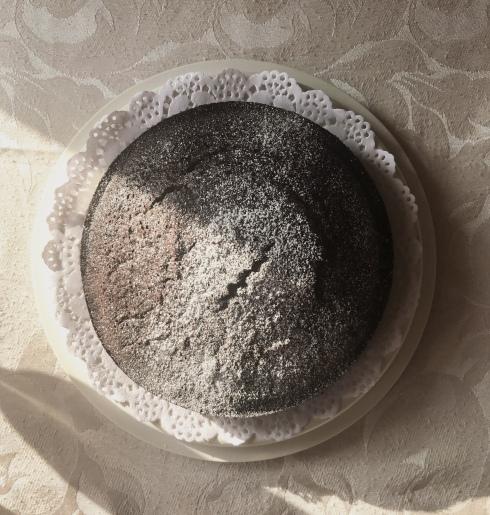 round-choolate-cake copy